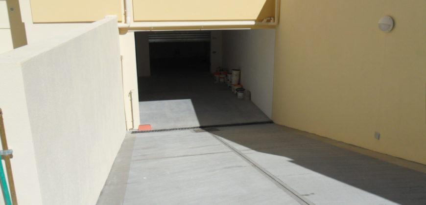 Cagliari – P.ssi Via San Benedetto  Box auto/deposito