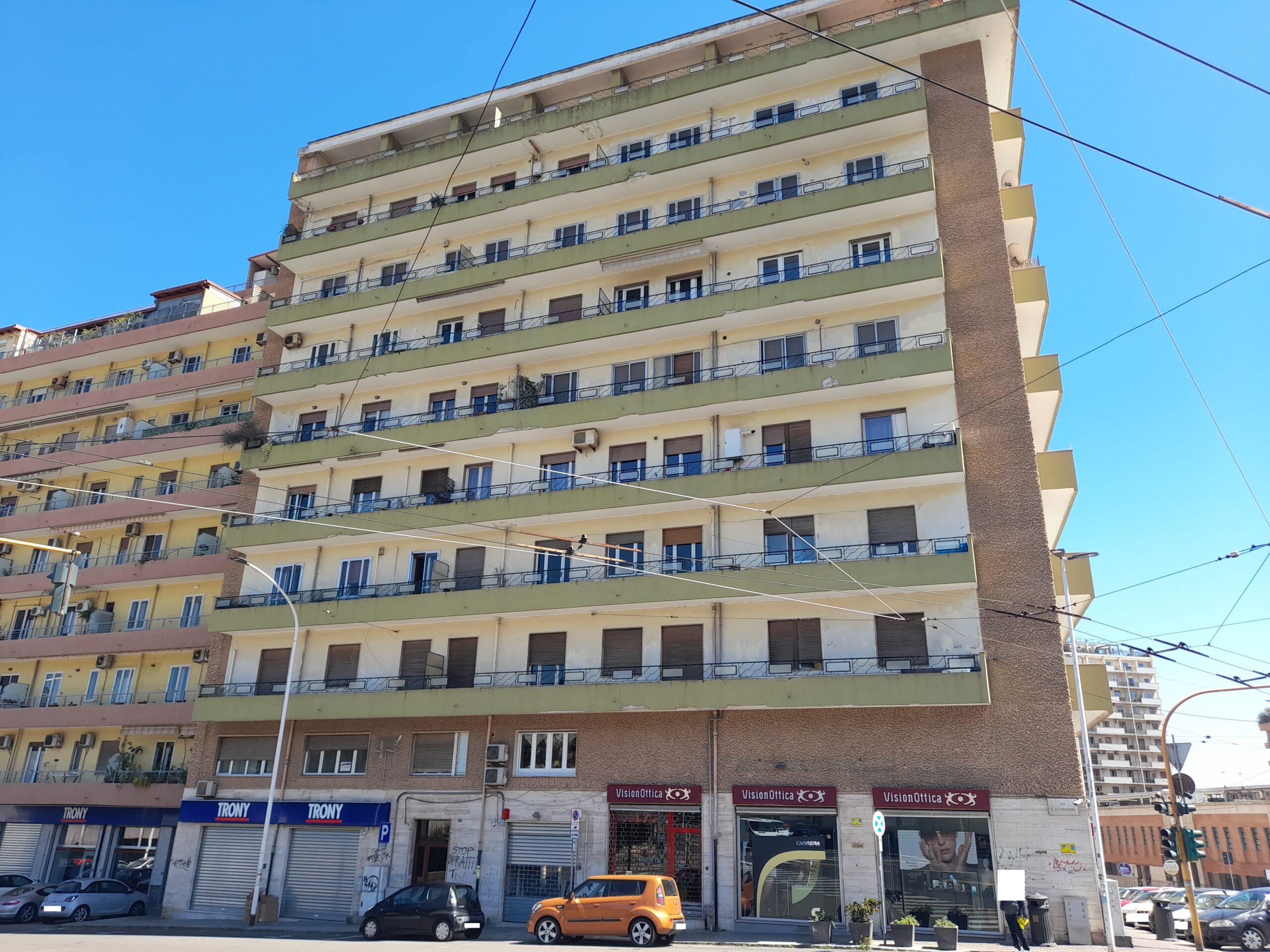 Cagliari via S'Alenixedda bivano ristrutturato
